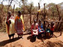 Women-around-the-world-MASSAï-Kids